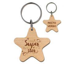 porte-clés gravé bois étoile