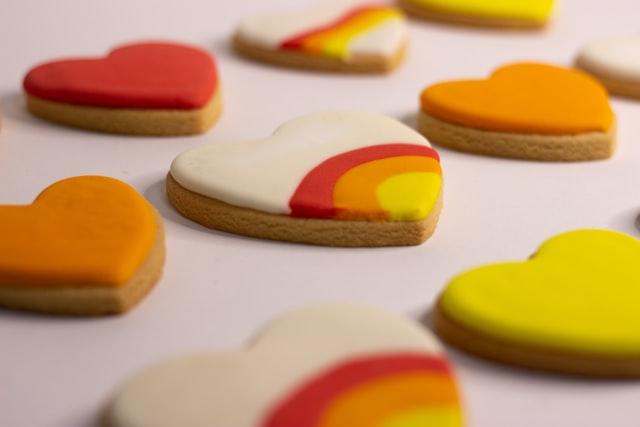 biscuits personnalise coeur saint valentin gateau multicouleur