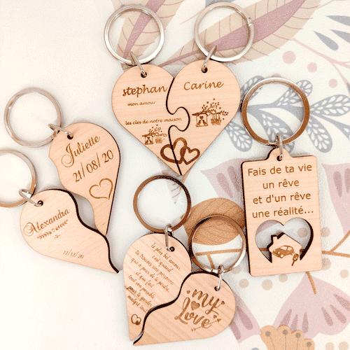 cadeau porte-cles bois personnalises saint-valentin message d'amour coeur